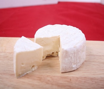 https://www.brisbanecheeseawards.com.au/wp-content/uploads/2019/05/Brie.jpg